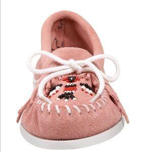 Minnetonka Shoes - Minnetonka Moccasins Suede Thunderbird Moc